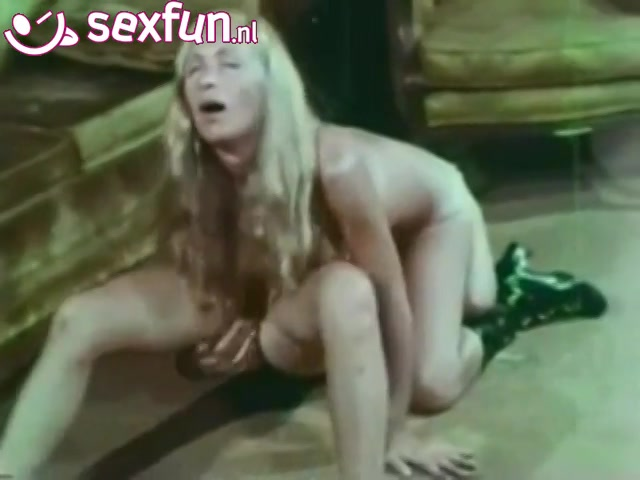Vagina scheren film sex uit de oude doos