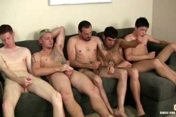 Een verscheidenheid aan homos bevredigen saampjes