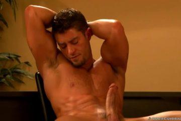Genieten van een van de lekkerste muscle gays uit de homo seks