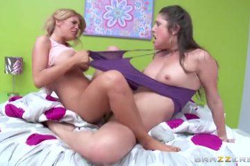 Tijdens het scharen krijgen de lesbos meiden een climax