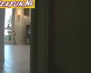 Stiekem gefilmd door de buurman