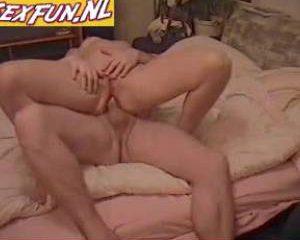 Vader en moeder doen aan anale sex